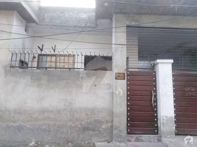 شاداب کالونی فیصل آباد میں 3 مرلہ مکان 18 ہزار میں کرایہ پر دستیاب ہے۔