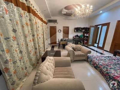 ای ۔ 11/3 ای ۔ 11 اسلام آباد میں 6 کمروں کا 1 کنال مکان 10.25 کروڑ میں برائے فروخت۔