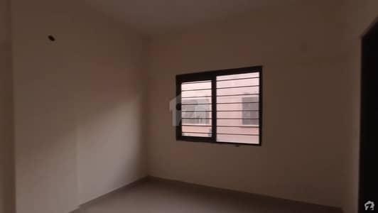سُرجانی ٹاؤن گداپ ٹاؤن کراچی میں 2 کمروں کا 3 مرلہ فلیٹ 43.5 لاکھ میں برائے فروخت۔