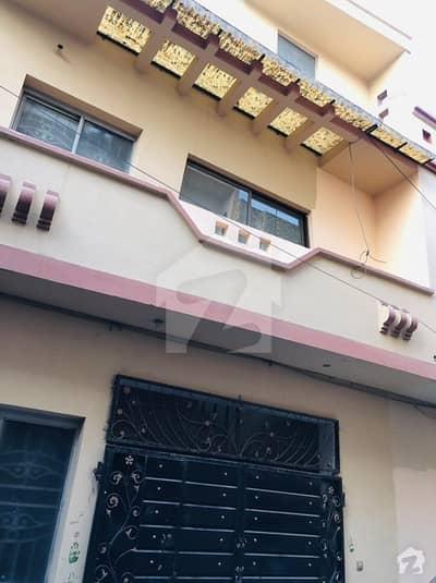 شاہ جمال لاہور میں 2 کمروں کا 4 مرلہ بالائی پورشن 25 ہزار میں کرایہ پر دستیاب ہے۔
