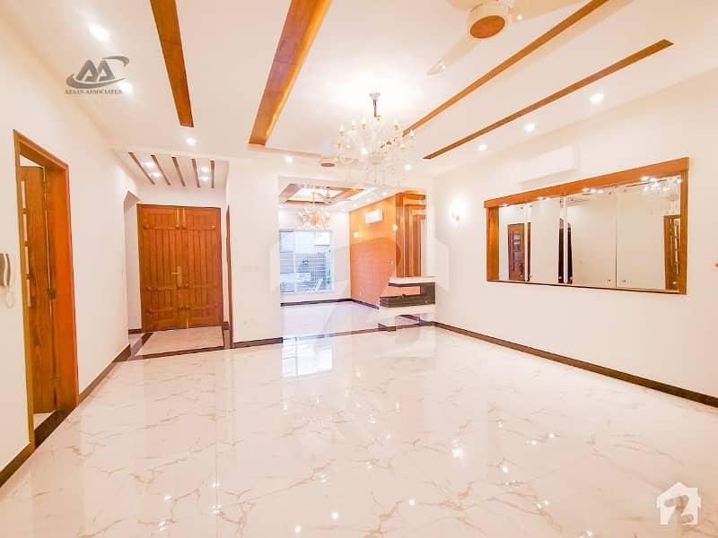 اسٹیٹ لائف ہاؤسنگ فیز 1 اسٹیٹ لائف ہاؤسنگ سوسائٹی لاہور میں 5 کمروں کا 10 مرلہ مکان 3.1 کروڑ میں برائے فروخت۔