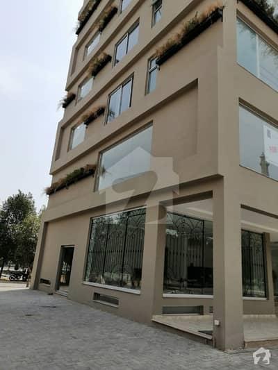 بحریہ ٹاؤن سیکٹر ای بحریہ ٹاؤن لاہور میں 1 کمرے کا 2 مرلہ فلیٹ 44.5 لاکھ میں برائے فروخت۔