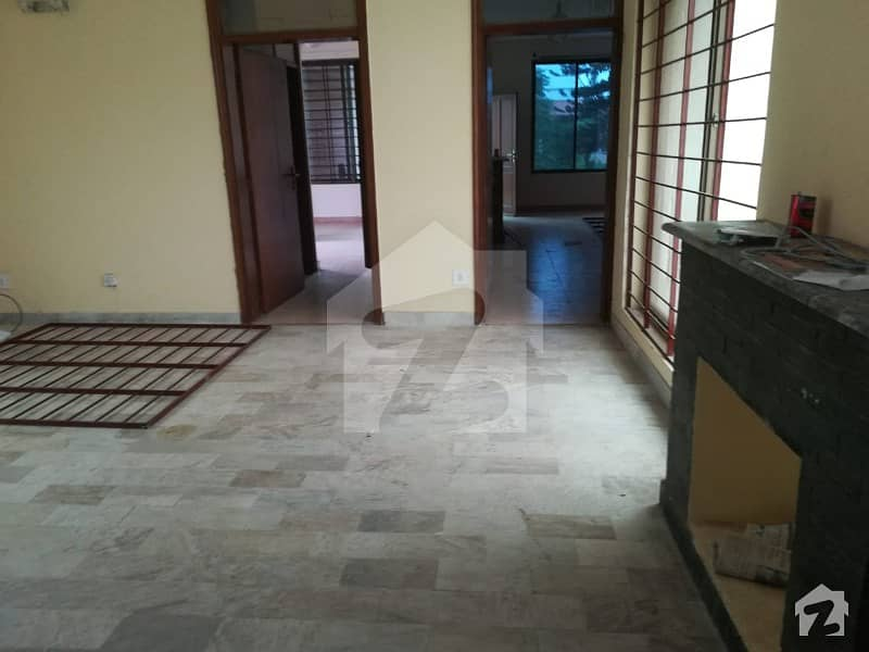 Full House Available For Rent Of 1 Kanal