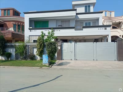 1 Kanal New House For Sale in Kaghan Block at Dc Colony Gujranwala