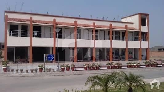 بحریہ ٹاؤن سیکٹر B بحریہ ٹاؤن لاہور میں 2 مرلہ دکان 33 لاکھ میں برائے فروخت۔