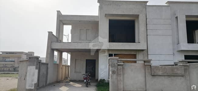 ڈریم گارڈن پرانا شجاع آباد روڈ ملتان میں 4 کمروں کا 12 مرلہ مکان 1.61 کروڑ میں برائے فروخت۔