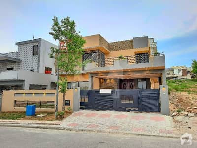 One Kanal Home Available For Sale at the ideal location