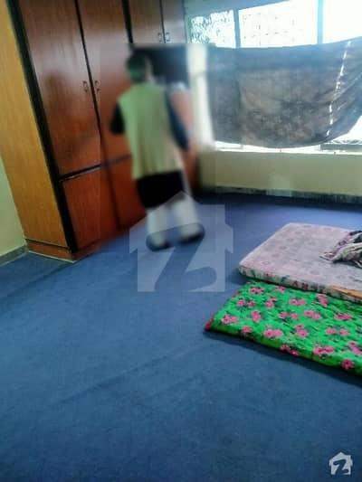 جی ۔ 9/4 جی ۔ 9 اسلام آباد میں 1 کمرے کا 2 مرلہ کمرہ 25 ہزار میں کرایہ پر دستیاب ہے۔
