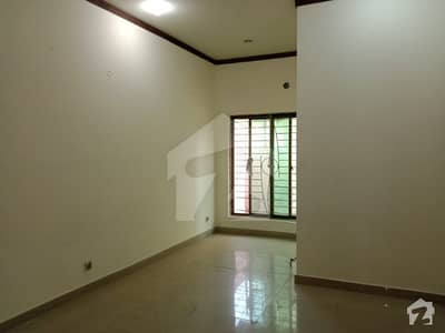 10 Marla Upper Portion For Rent Grove Block Near Park And Masjid