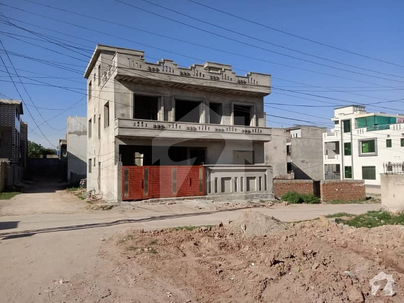 House Of 1575  Square Feet Available In H-13