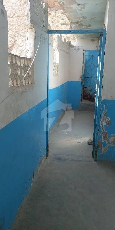 خواجہ اجمیر نگری نیو کراچی کراچی میں 1 کمرے کا 0.36 مرلہ کمرہ 6 ہزار میں کرایہ پر دستیاب ہے۔