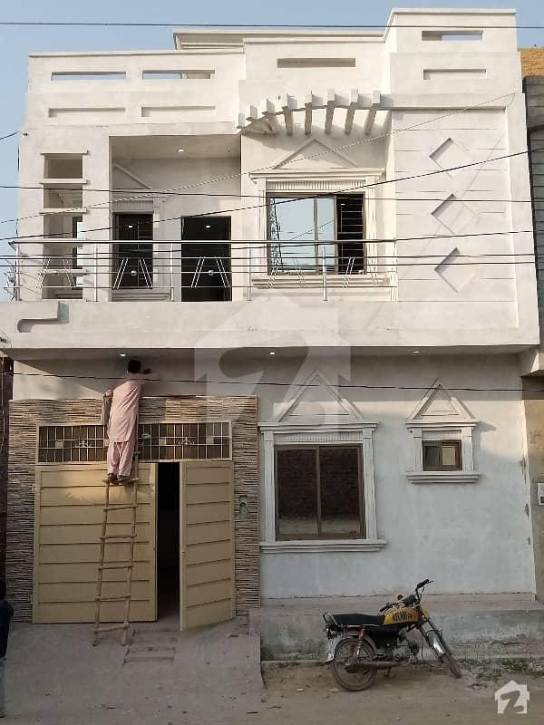 طارق بِن زید کالونی ساہیوال میں 4 کمروں کا 4 مرلہ مکان 18 ہزار میں کرایہ پر دستیاب ہے۔