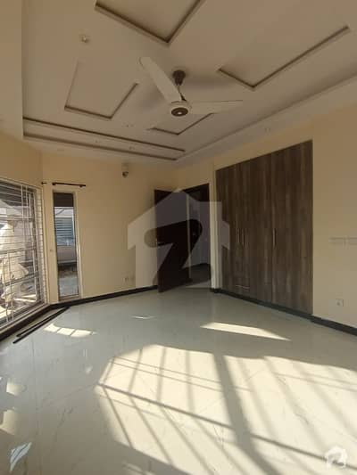 1 Kanal Upper Portion For Rent In Dha Phase 8 Eden City