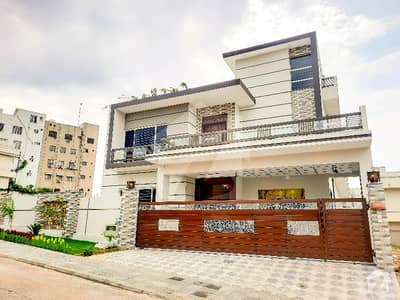 One Kanal Double Unit House Available For Sale