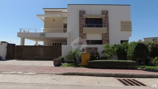 15 Marla House Is Available For Sale In Bahria Town Phase 8 In H Block