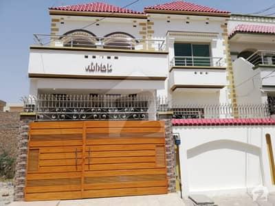 چیمہ ٹاؤن بہاولپور میں 4 کمروں کا 6 مرلہ مکان 45 ہزار میں کرایہ پر دستیاب ہے۔