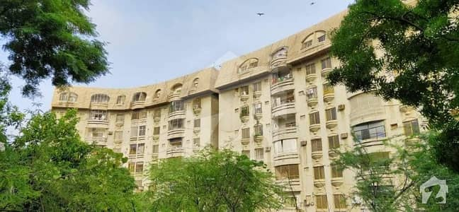 Dolmen Heights near Amir Khusroo Hill Park 3beds, drawing and dining apartment for sale stand by generator lift car parking servant quarter,