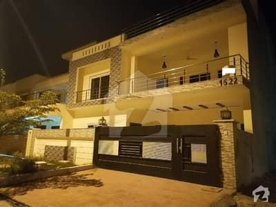14 Marla Brand New Lavish House For Sale