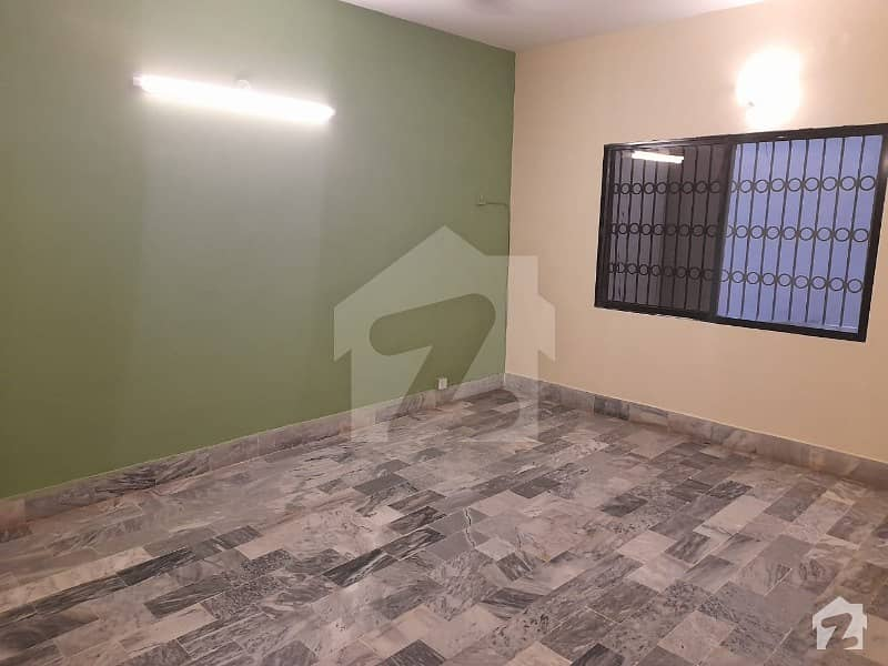 Small Complex Ground Portion 3 Bed D/D Available For Rent Clifton Block-2