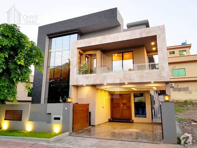 بحریہ ٹاؤن فیز 2 بحریہ ٹاؤن راولپنڈی راولپنڈی میں 5 کمروں کا 11 مرلہ مکان 3 کروڑ میں برائے فروخت۔