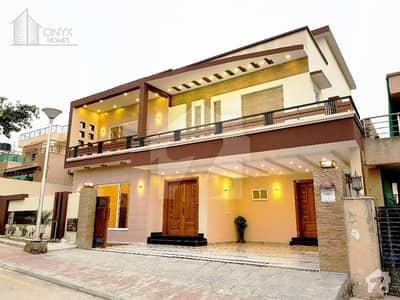 بحریہ ٹاؤن فیز 4 بحریہ ٹاؤن راولپنڈی راولپنڈی میں 7 کمروں کا 1 کنال مکان 5.95 کروڑ میں برائے فروخت۔