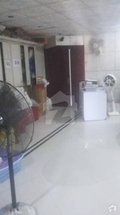 شاہراہِ فیصل کراچی میں 4 مرلہ دفتر 1.15 کروڑ میں برائے فروخت۔