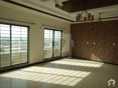 عسکری 11 ۔ سیکٹر اے عسکری 11 عسکری لاہور میں 3 کمروں کا 11 مرلہ فلیٹ 60 ہزار میں کرایہ پر دستیاب ہے۔