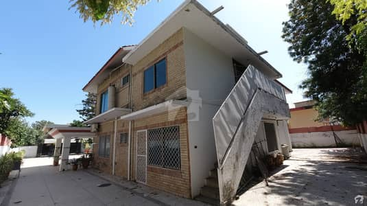Mount Construction Offer House For Sale In F-8/1  Islamabad