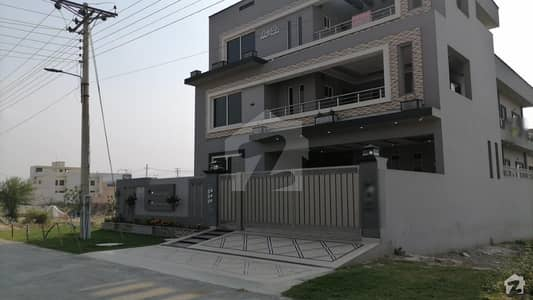 1 Kanal Triple Storey With Basement House For Sale in LDA Avenue 1 Block M