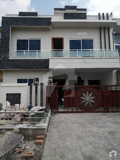Luxury Brand New House For Sale Good Location