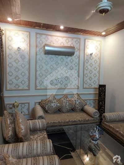 ایڈن ویلی فیصل آباد میں 5 کمروں کا 10 مرلہ مکان 4.5 کروڑ میں برائے فروخت۔