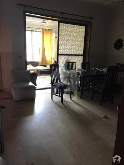 ای ۔ 11/4 ای ۔ 11 اسلام آباد میں 4 کمروں کا 6 مرلہ مکان 2.5 کروڑ میں برائے فروخت۔