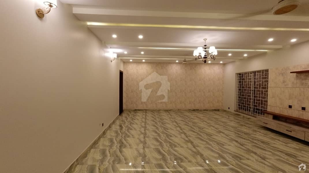 1 Kanal Spacious House Available In Sukh Chayn Gardens For Sale