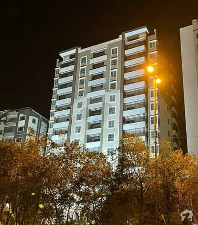 Brand New Flat Is Up For Sale At Shaheed Millat Road