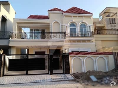 10 Marla House For Rent Fully Furnished