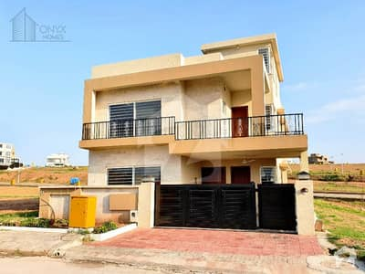 Spacious 11 Marla House For Sale In Bahria Town