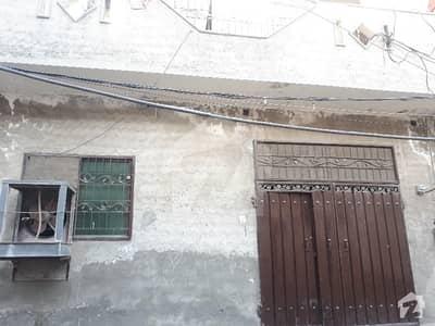 چونگی امر سدھو لاہور میں 3 کمروں کا 5 مرلہ مکان 40 ہزار میں کرایہ پر دستیاب ہے۔