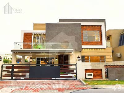 High Quality 1 Kanal 5 Bed Elegant House For Sale