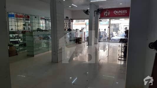 نارتھ ناظم آباد کراچی میں 5 مرلہ دکان 3.9 کروڑ میں برائے فروخت۔