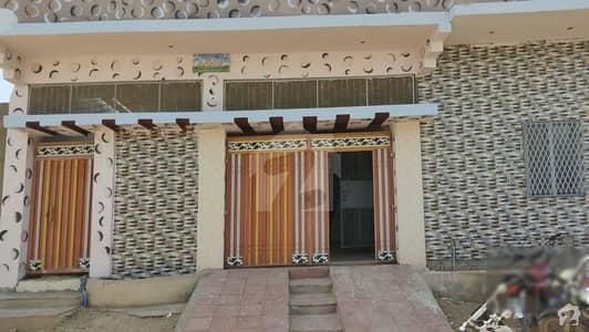 جامشورو روڈ حیدر آباد میں 3 کمروں کا 12 مرلہ مکان 1.5 کروڑ میں برائے فروخت۔