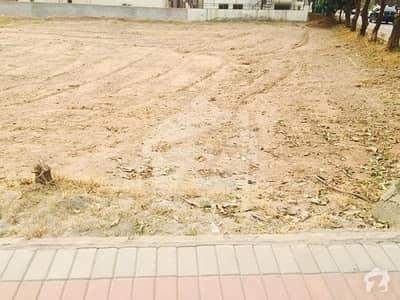 گلستانِِ جوہر ۔ بلاک اے 3 گلستانِ جوہر کراچی میں 16 مرلہ رہائشی پلاٹ 3.4 کروڑ میں برائے فروخت۔