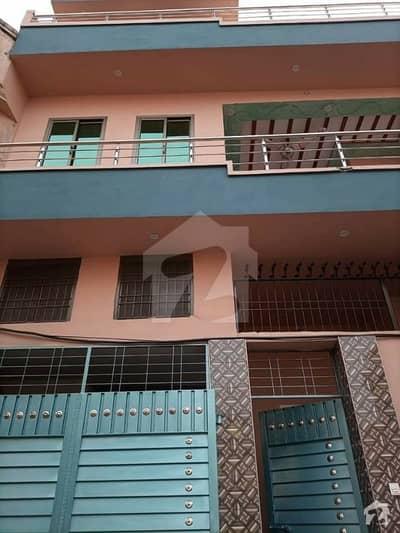 برکت ٹاؤن ڈسکہ میں 6 کمروں کا 6 مرلہ مکان 1.15 کروڑ میں برائے فروخت۔