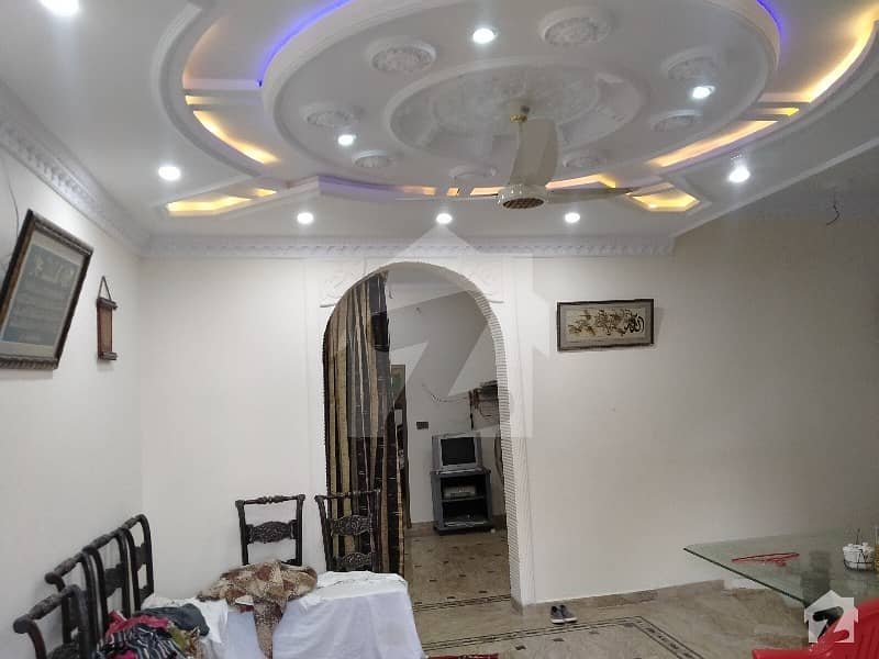 Upper Portion Of 2250  Square Feet Is Available For Rent In Defence Road