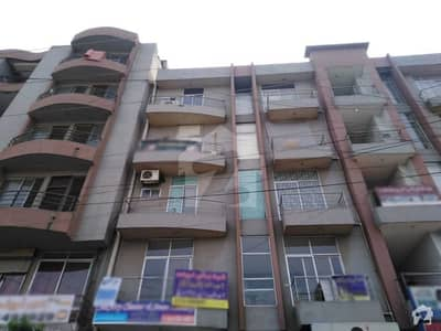 In Johar Town Flat For Sale Sized 350 Square Feet