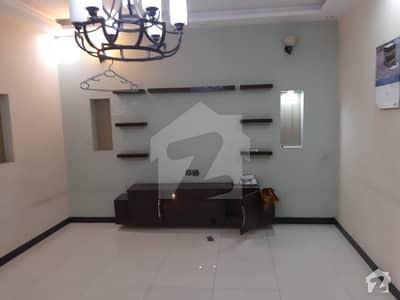 جوہر ٹاؤن فیز 2 جوہر ٹاؤن لاہور میں 5 کمروں کا 5 مرلہ مکان 60 ہزار میں کرایہ پر دستیاب ہے۔