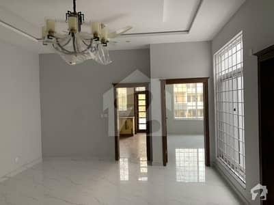 جی ۔ 9/3 جی ۔ 9 اسلام آباد میں 4 کمروں کا 12 مرلہ بالائی پورشن 78 ہزار میں کرایہ پر دستیاب ہے۔