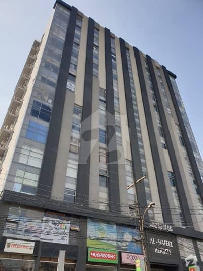 گلبرگ لاہور میں 2 مرلہ دفتر 45 لاکھ میں برائے فروخت۔