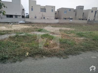 Future Investment Plot No 811 For Sale In Dha Phase 6