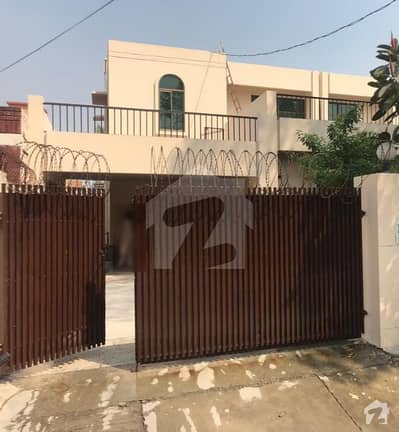 1 kanal owner built house for sale in best location of dha