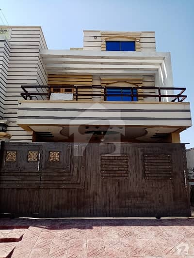 Luxury Corner House For Rent In G-16#3 Electricity Gas And 24 Hours Water